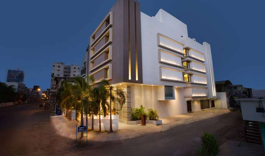 fantastic hotels in Rajkot, India