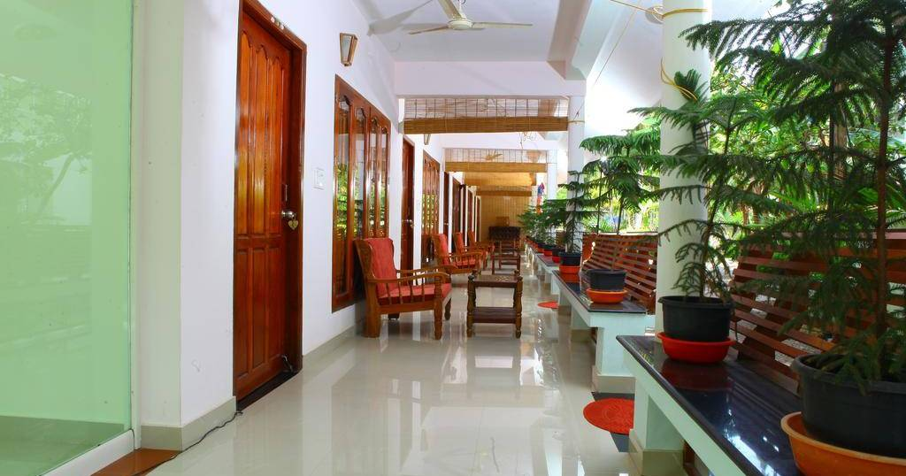 hotel bookings in Kovalam