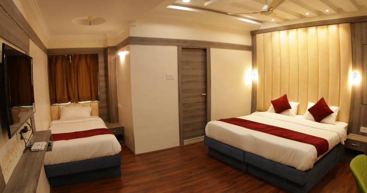 holiday reservations in Kolkata
